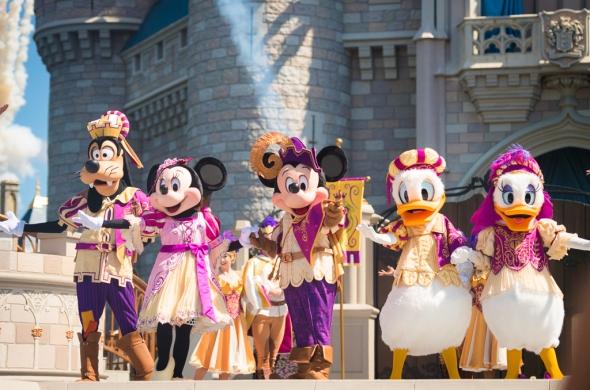 mickeys-royal-friendship-faire-magic-kingdom-walt-disney-world-022