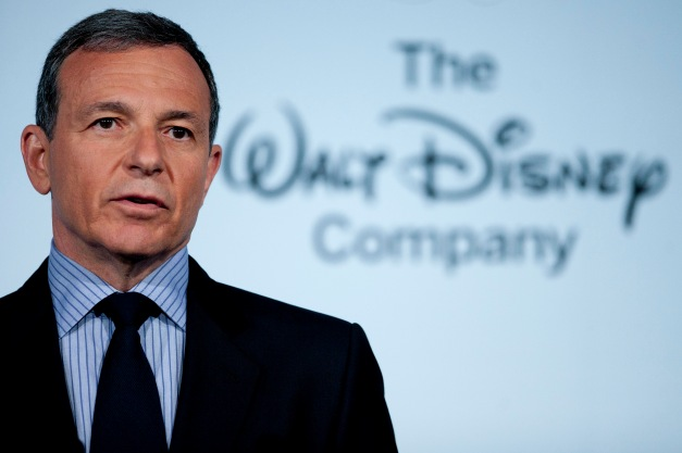 First Lady Michelle Obama & Disney CEO Robert Iger Announcement On Nutritional Guidelines