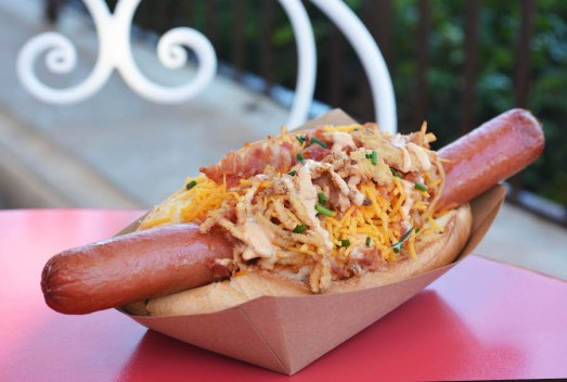 caseys-corner-hashbrown-hotdog