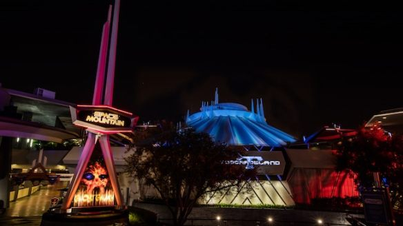 dlr-halloween-time-space-mountain-galaxy-16x9