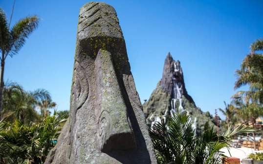 Universals-Volcano-Bay-First-Look_2