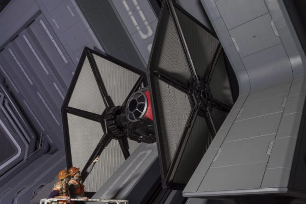 nerdist-SWGE-Rise-of-the-Resistance-TIE-Fighter-1024x684